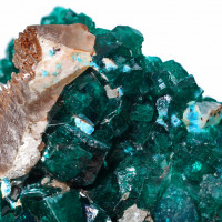 Dioptase w Shattukite and Calcite